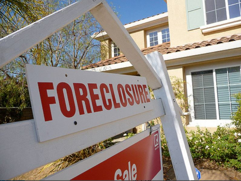 How Do I Forestall a Foreclosure?